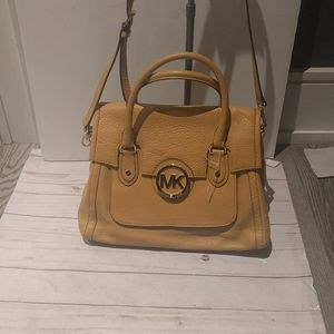 Beautiful genuine leather bag by Michael Kors 🍀